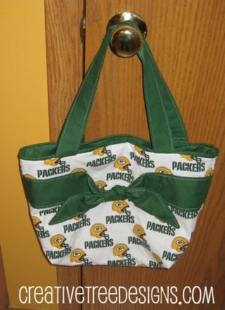 Packerpursewhite